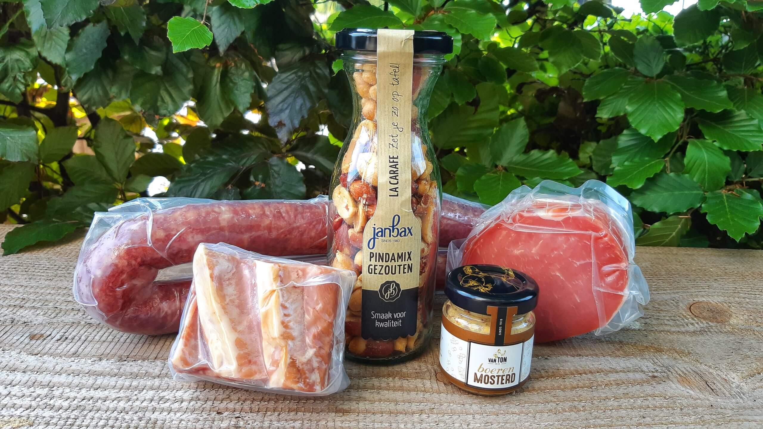 Borrelpakket vlees EUR 24,50